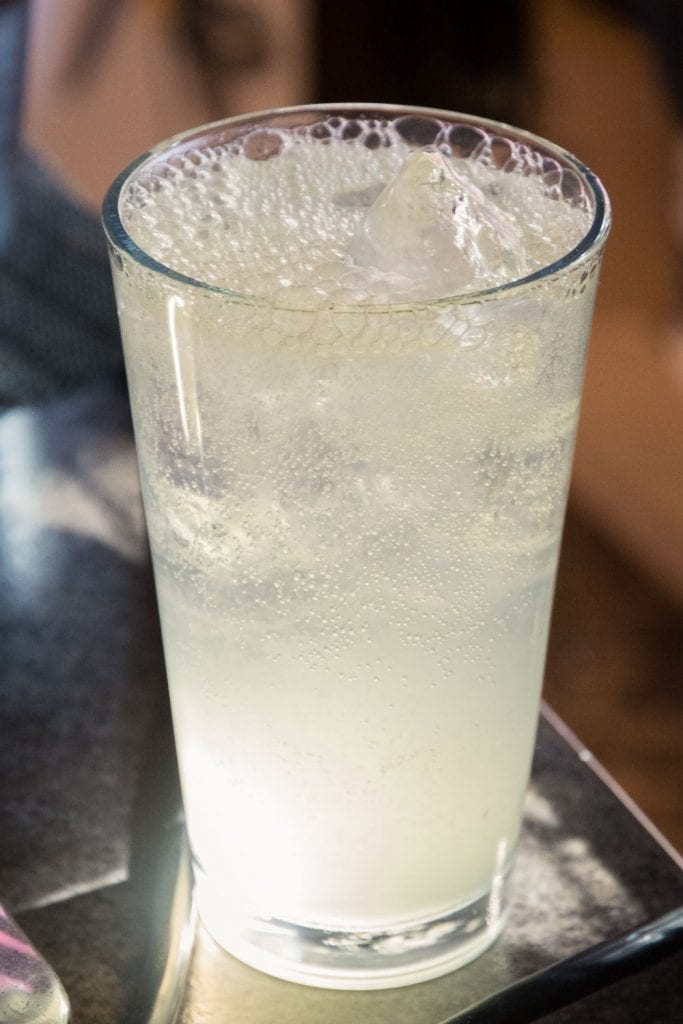 A limonada mineral: mineral water with lime juice and sugar.