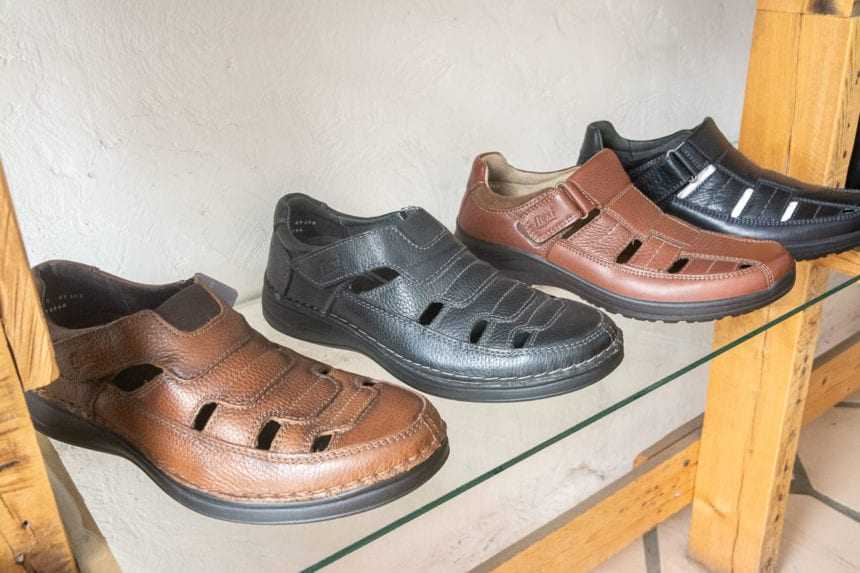 Flexi-brand leather sandals/huaraches.